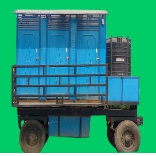 6-seater mobile toilet