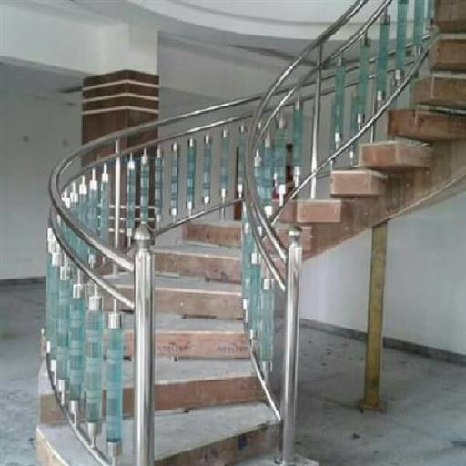 2 Inch Silver Stainless Steel Railing, For Hotel, Mounting Type: Floor