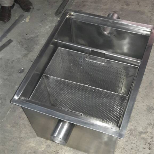 SS Grease Trap With Sludge Removal